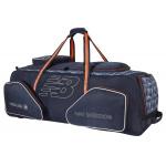 New Balance DC PRO Cricket Wheelie Bag - NAVY/ORANGE New Balance DC PRO Cricket Wheelie Bag - NAVY/ORANGE