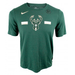 Nike Milwaukee Bucks NBA Kids Essential Logo Dry Tee - GREEN Nike Milwaukee Bucks NBA Kids Essential Logo Dry Tee - GREEN