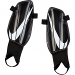 Nike Charge Shinguards - BLACK/BLACK/WHITE Nike Charge Shinguards - BLACK/BLACK/WHITE